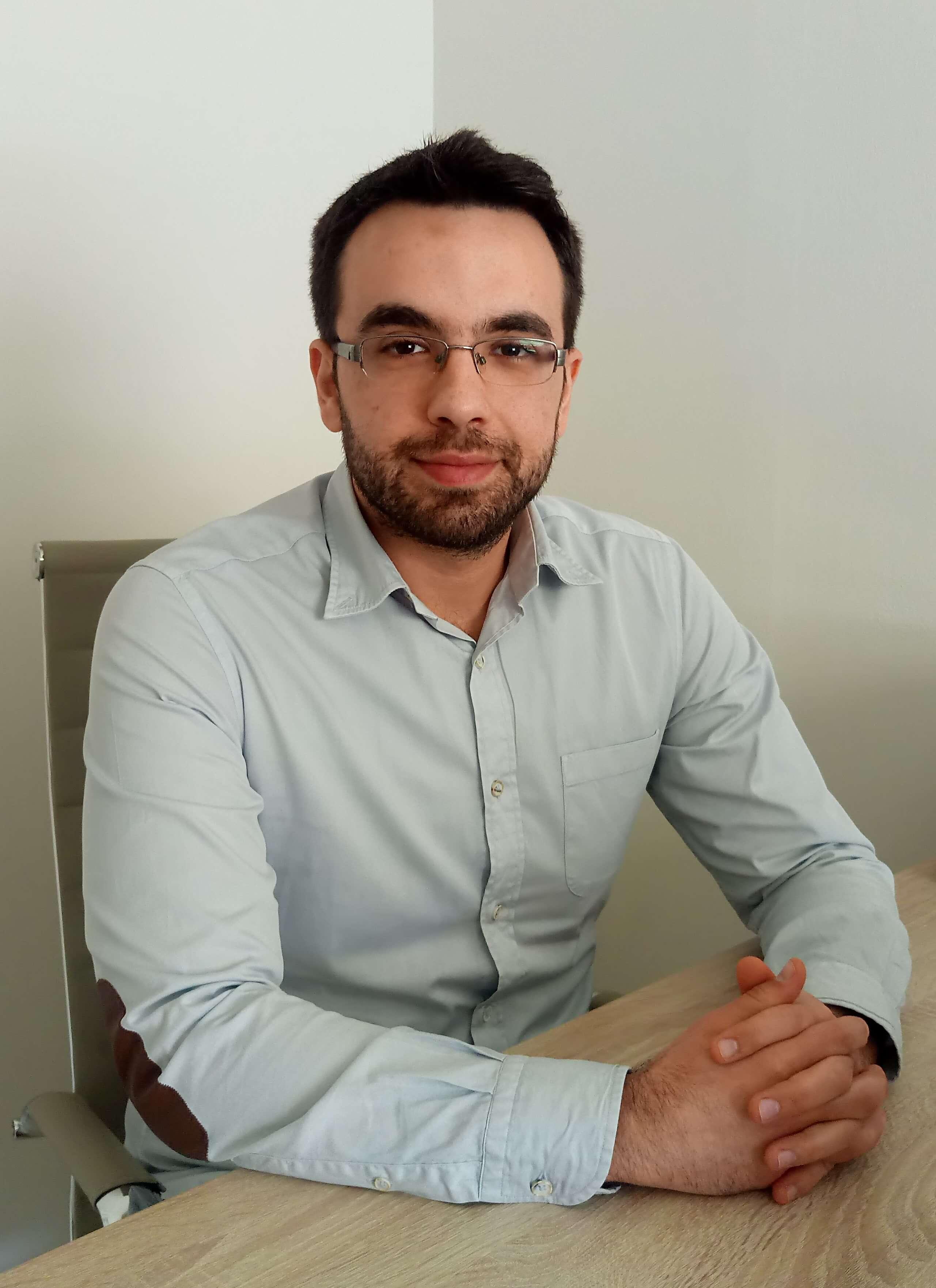Πατσάκης Κωνσταντίνος - Ψυχολόγος - Βιογραφικό